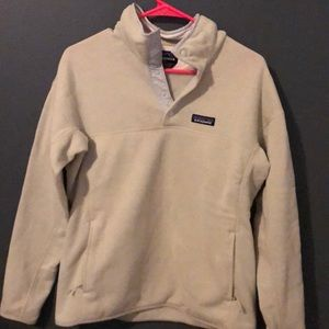Womens Patagonia half button pull over